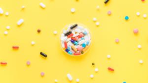 Chuyên gia tư vấn: Thực phẩm chức năng có tác dụng phụ không?